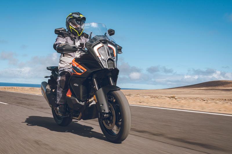 ktm 1290 super adventure s 2021 prueba accion carretera 03