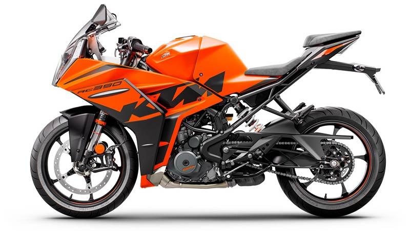 KTM RC 390 2022 02