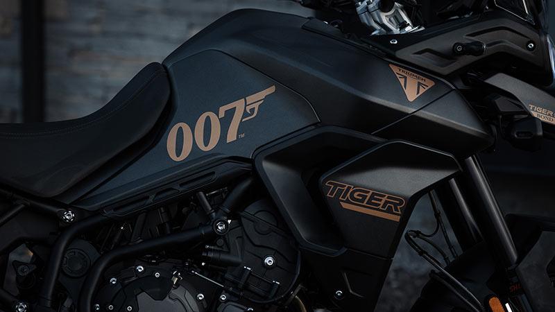 Triumph Tiger 900 Bond Edition 2022 03